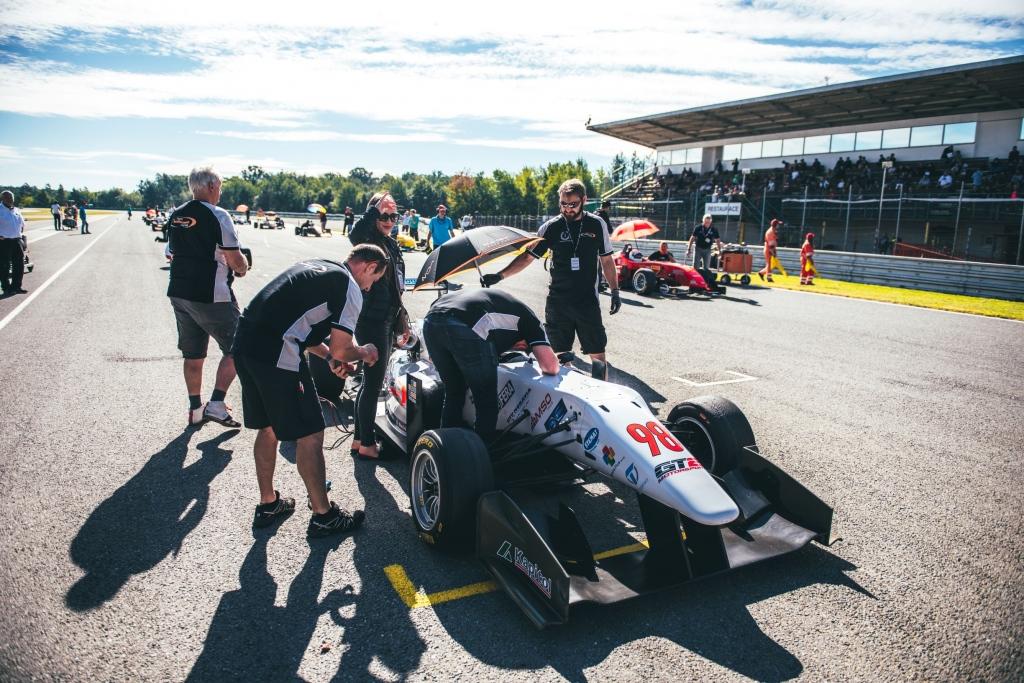 12-F3-Start-Brno